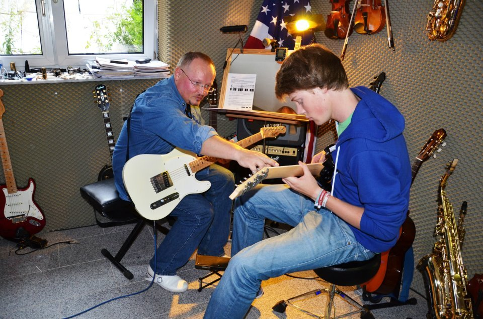 unterricht gitarrenunterricht m nster gitarre unterricht m nster gitarrenschule. Black Bedroom Furniture Sets. Home Design Ideas