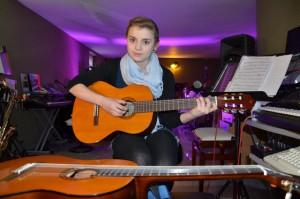 Schueler-Gitarre-lernen-Muenster-Gitarrenunterricht-Muenster-Gitarre-Unterricht-Muenster-Gitarre-Schule